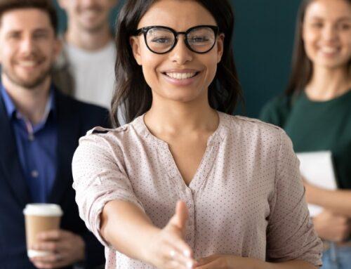 Peer Recruiting: Künftige Arbeitskollegen entscheiden über neue Mitarbeiter